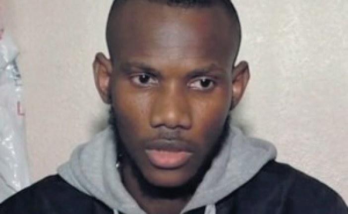 Lassana Bathily, «héros» de la prise d'otage à l'Hyper Cacher, naturalisé français mardi (Cazeneuve)