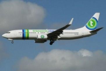 Un bébé bruyant et ses parents virés d'un avion de Transavia