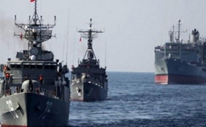 Des navires iraniens ont « harcelé » un bateau américain