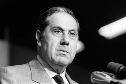 AFP/AFP/Archives - Le ministre de l'Intérieur, Charles Pasqua, le 16 octobre 1986, lors du congrès de la FASP (Fédération autonome des syndicats de police) au Bourget