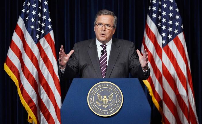 Jeb Bush entre dans la course présidentielle et promet de reconstruire les liens avec Israël