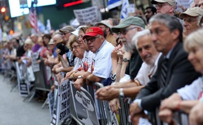 10 000 personnes à New-York contre l'accord sur le nucléaire iranien