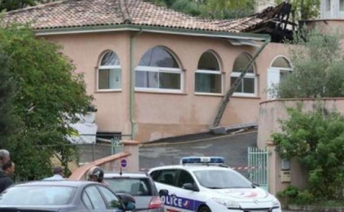 Auch, mosquée incendiée « les enquêteurs se penchent aussi sur la piste d'extrémistes musulmans »