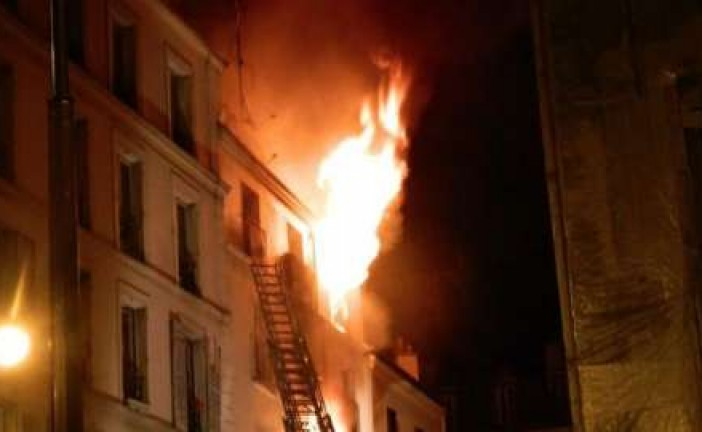 France: 8 morts dans un incendie rue Myrha dans le XVIII arrondissement de Paris.