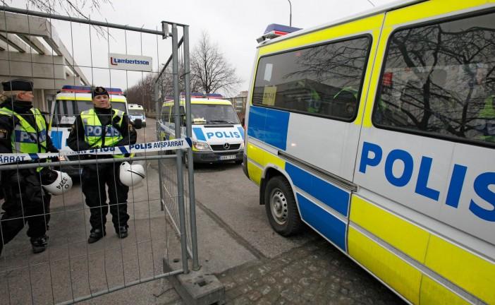 Suède: un homme armé d'un sabre blesse cinq personnes dans une école
