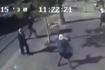 Vidéo : Deux jeunes femmes terroristes arabes s'en vont poignardés un juif à Jérusalem