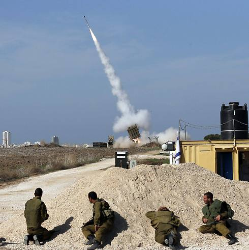 Iron Dome in action near Ashdod (Photo: Reuters)