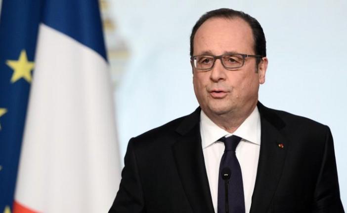 François Hollande renonce à la déchéance de nationalité.