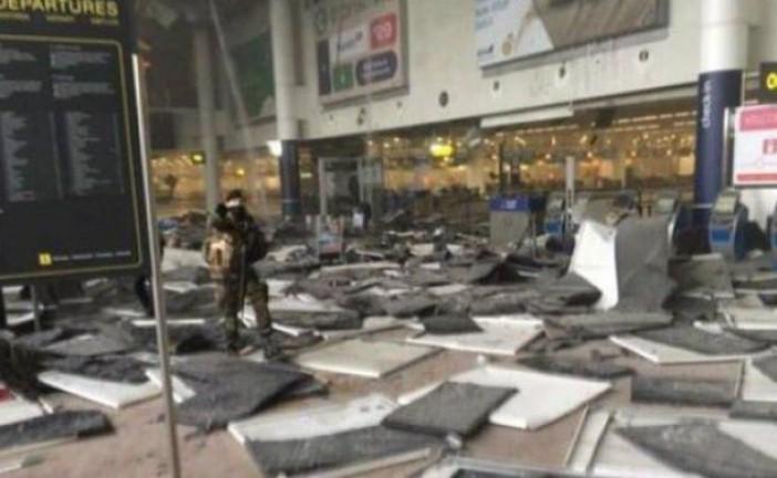 Attentat suicide confirmé à Bruxelles:  au moins 21 morts. 400 CRS déployés en Ile-de-France dans les gares et aéroports.
