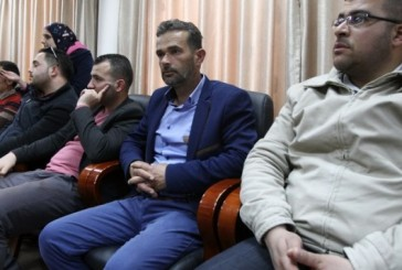 La famille du terroriste abattu à Hébron menace de porter plainte contre Israël.