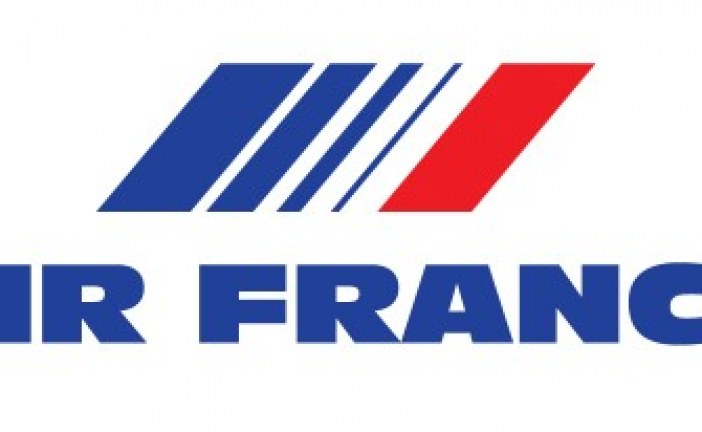 La direction d'Air France veut que les hôtesses portent le voile islamique pour faire plaisir à Téhéran