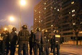 Seine-Saint-Denis : quatre policiers blessés après une embuscade, deux arrestations