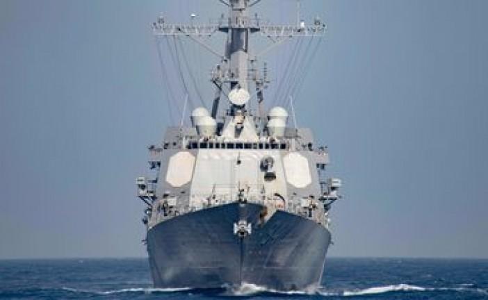 Confrontation « dangereuse » entre des navires iraniens et un destroyer américain