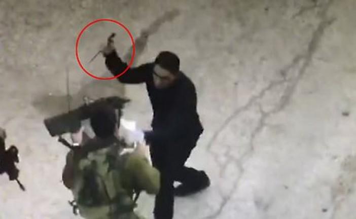 Vidéo : Le terroriste demande un renseignement puis dégaine son couteau