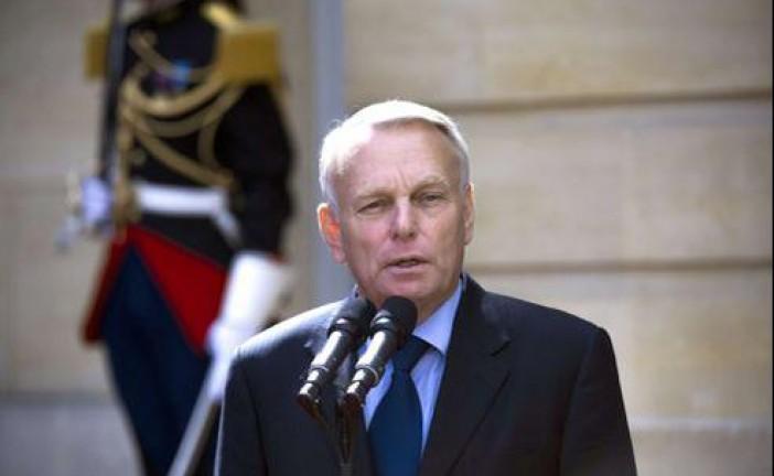 France-Israël. Apres avoir été le pire Premier Ministre de la 5 eme République,  J.M. Ayrault Ministre des affaires étrangères salue un discours «courageux» de Kerry.