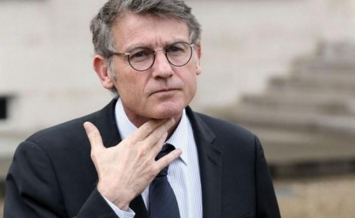 Accusé de devoir 20.000 euros au PS,Pour Vincent Peillon, la couleuvre ne passe pas !!!