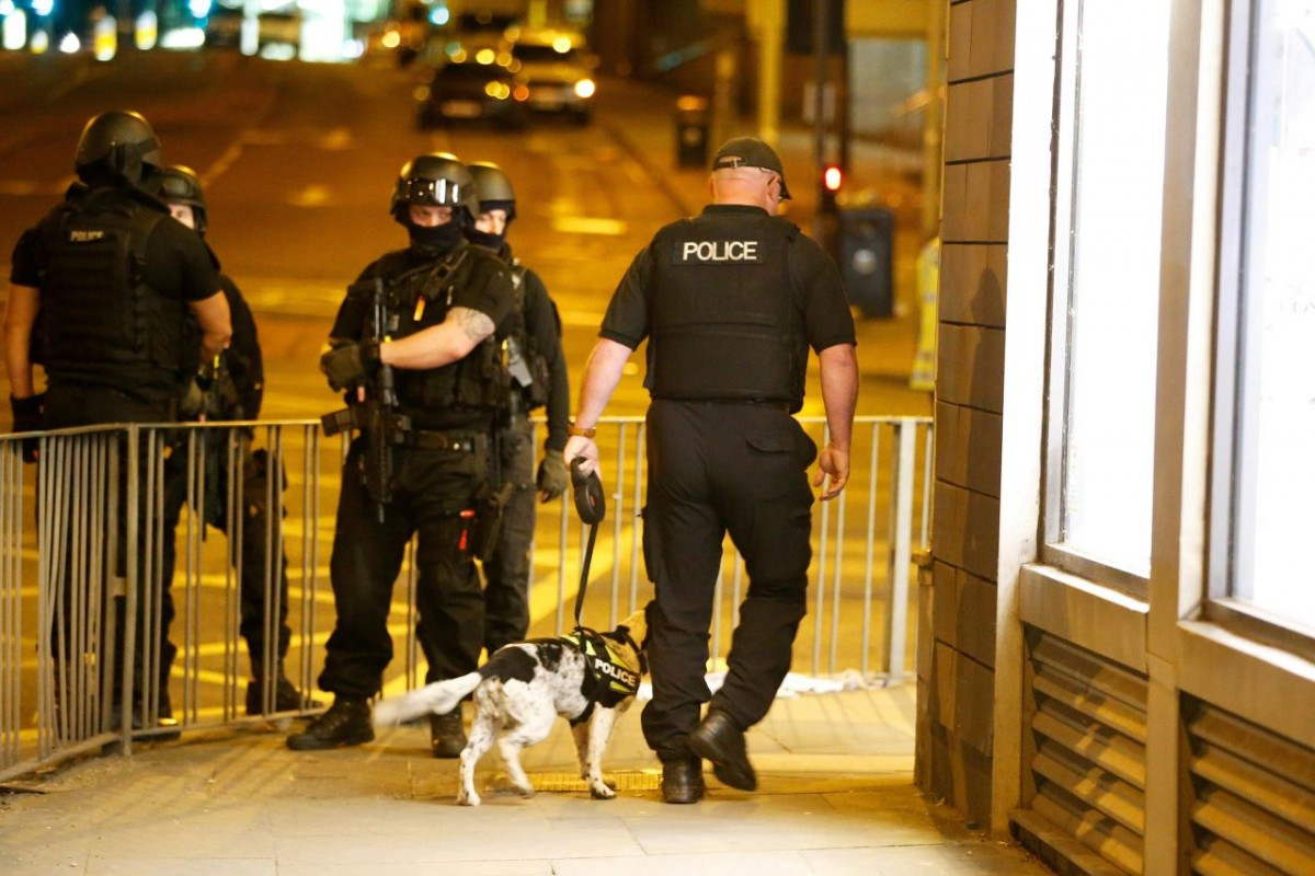 6974808_2017-05-23t015556z-303456959-rc14e0832580-rtrmadp-3-britain-security-manchester