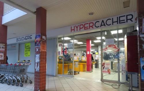 Hypercacher Créteil croix gammées centre commercial Kennedy