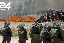 «Priez pour nos soldats»   face  à ces sauvages