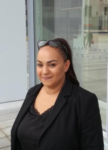 Lala Mireau, gardienne à la résidence Chaufourniers et Khalid El Ouazzani, gardien à la résidence rue Marcadet (XVIIIe)