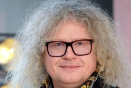 EXCLU- Après la publication d'une photo avec Dieudonné, Pierre-Jean Chalençon annonce qu'il quitte «Affaire conclue» sur France2 d'un commun accord avec la production