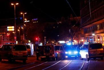 Fusillade à Vienne près d'une synagogue plusieurs assaillants, ils y auraient  4 morts ( 2 femmes et 2 hommes dont un policier et  1 terroriste abattus