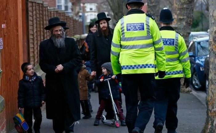 L'antisémitisme augmente aussi en Angleterre.