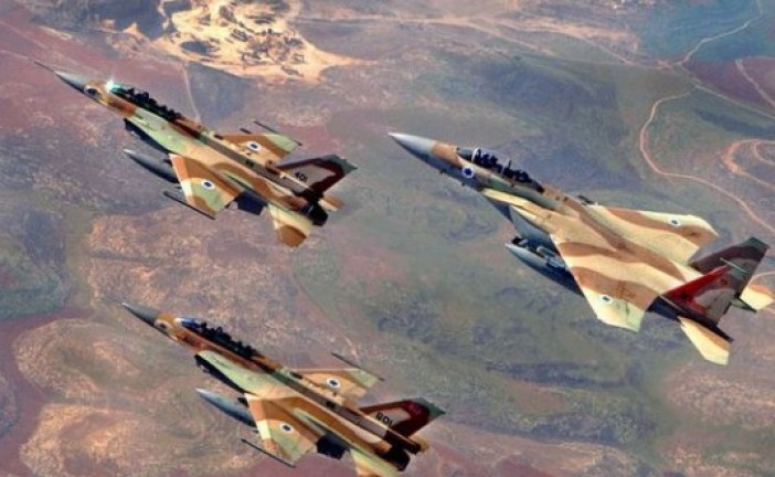Israël frappe des cibles militaires syriennes après des tirs dans le Golan (armée)