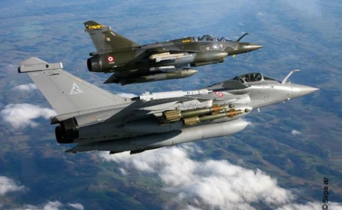 La France n'exclut plus de mener des frappes en Syrie contre l'Etat islamique