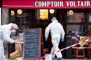 Attentat de Paris : boulevard Voltaire, le kamikaze «s'est installé tranquillement dans le café» avec l'aide d'un complice qui actionna la sonnerie de son portable ce qui declancha  l'explosion