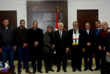 Juste après l'attentat de Jérusalem, Mahmoud Abbas invite des familles de terroristes