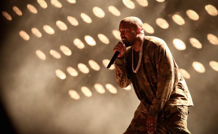 Endetté, Kanye West demande de l'aide à 2 milliardaires juifs.