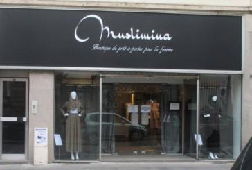 La ministre du Droit des femmes fustige: «Les magasins vendant des vêtements islamiques sont irresponsables»