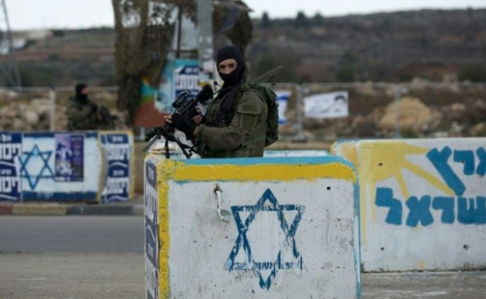 Attaque à la voiture bélier à Gush Etzion: 1 soldat légèrement blessé.