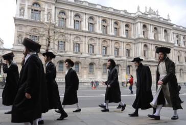 «Les juifs cherchent à contrôler le monde» apprend une école islamique à ses tout jeunes élèves en Angleterre.