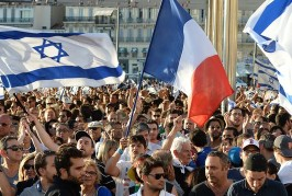 France: 76 personnalités signent une tribune pour soutenir Israël face au Hamas